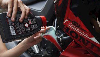 Những bộ phận trên xe tay ga cần lưu ý để xe luôn mới